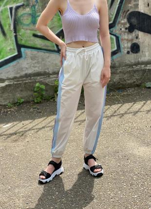 Легкие штанишки из приятнейшего материала