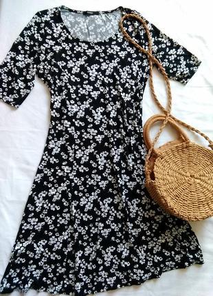 Лёгкое платье в цветочек