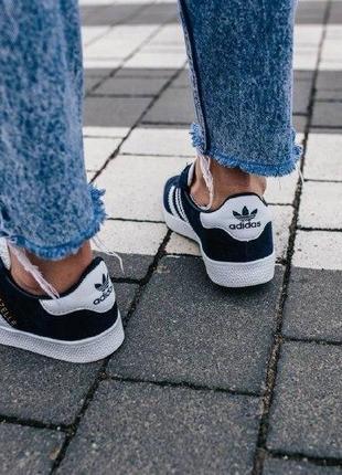 Кроссовки adidas gazelle ( aдидас газель ) кеды темно синие с белой подошвой3 фото