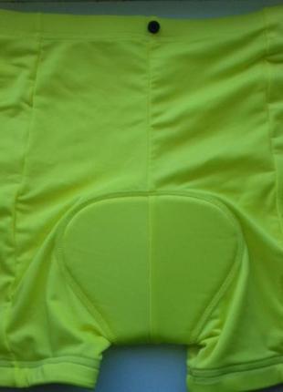 Велосипедные шорты неонового цвета