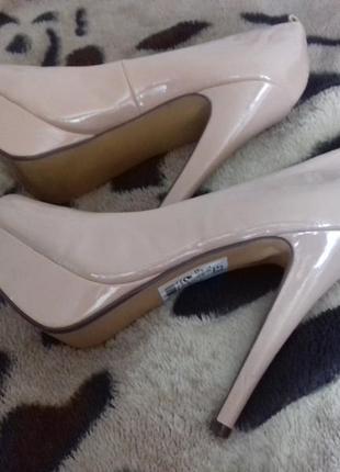 Туфли нюдовые