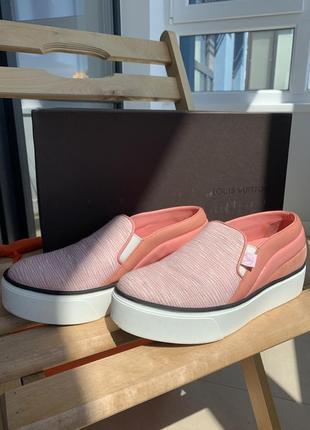Розовые слипоны louis vuitton catwalk sneaker