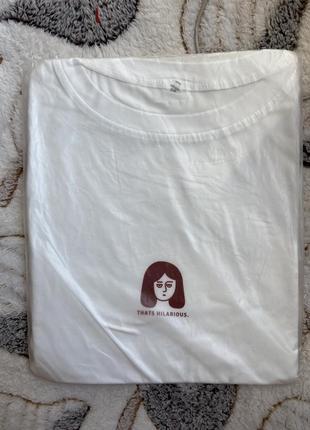 Две футболки по цене одной!