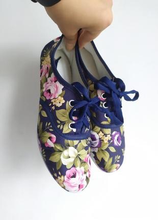 Мокасины тканевые, балетки, синие кеды в цветы