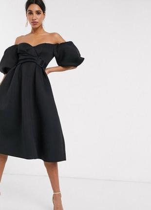 Платье миди с открытыми плечами, пышными рукавами и поясом неопреновое