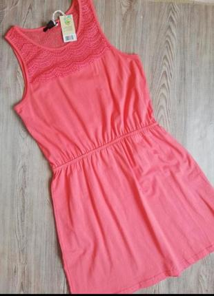 Красивое платье сарафан коралового цвета esmara