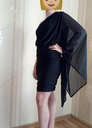 Черное маленькое вечернее коктейльное платье