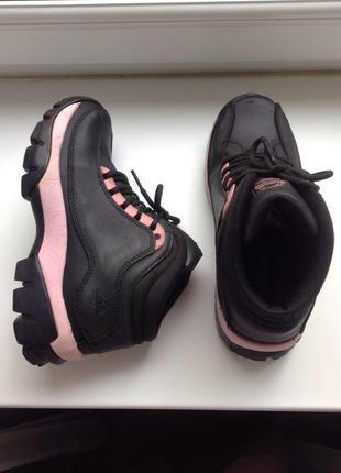 Groundwork жіночі 38 р.трекінгові кросівки, черевички/ женские кроссовки, ботинки.