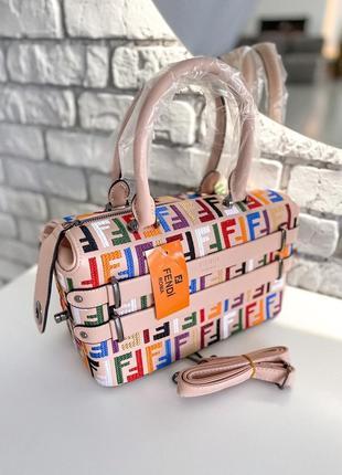 Женская стильная сумка fendi