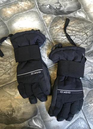 Горнолыжные перчатки esca