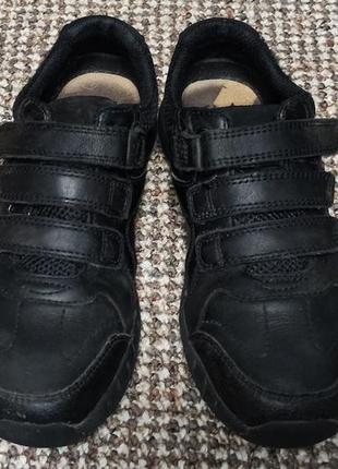 Кроссовки clarks air натуральная кожа. размер 31 ( стелька 20,5 см)