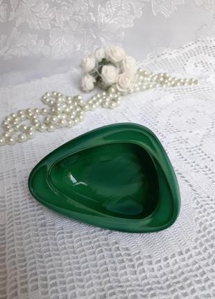 Ваза малахитовое стекло чехословакия шкатулка миниатюра зеленое художественное