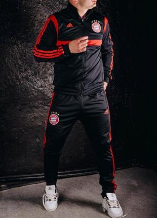 Мужской спортивний костюм adidas