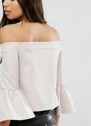 Нежная блуза топ с воланами