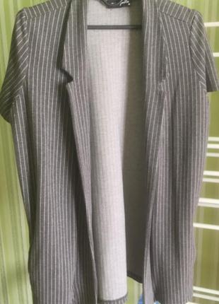 Кардиган накидка пиджак с коротким рукавом