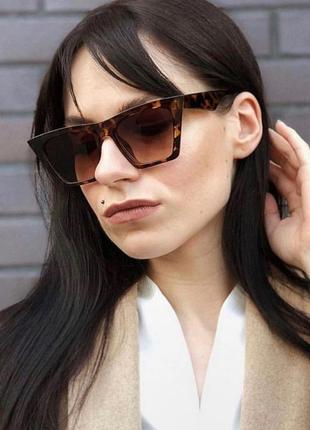 Качественные солнцезащитные очки большие ретро роговые леопард окуляри сонцезахисні