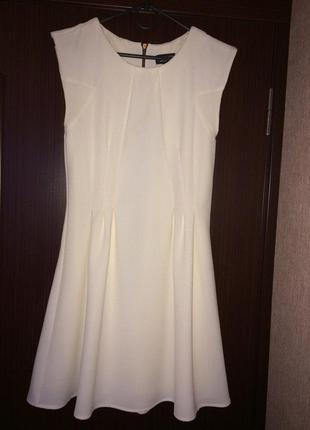 Нарядное красивое  платье topshop