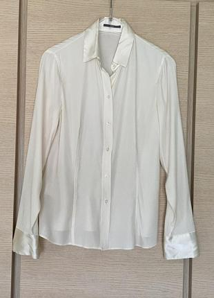 Блуза шёлковая молочного цвета hugo boss размер l или 40