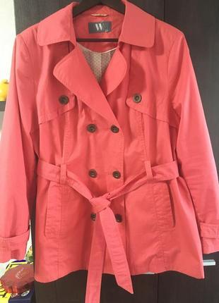 Легкая курточка ветровка большого размера.новая.