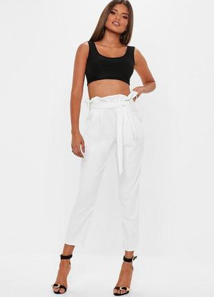 Стильные брюки с высокой посадкой missguided