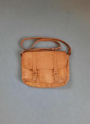 Кожаная сумка почтальонка