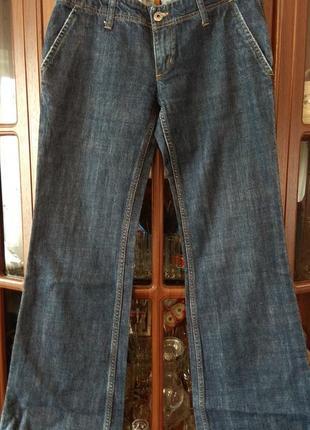 Шикарные джинсы клёш 40-42р.