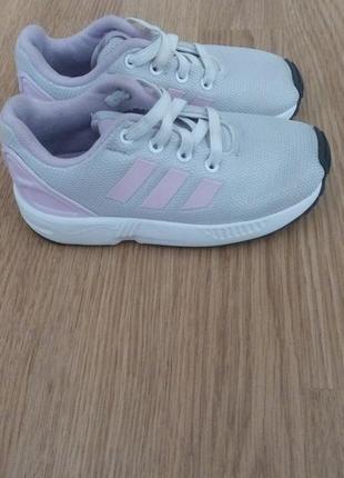 Оригинальные детские кроссовки adidas1 фото