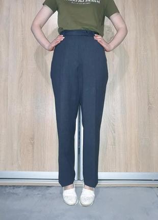 Прямые винтажные брюки со стрелками на высокой посадке с прямыми карманами brax германия