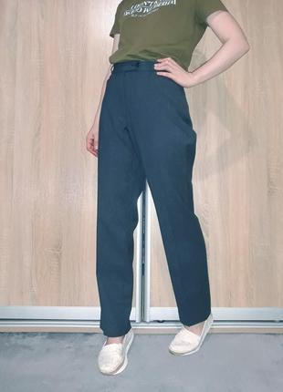 Прямые винтажные брюки со стрелками на высокой посадке с прямыми карманами brax германия2 фото