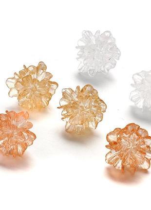Прозрачные серьги-гвоздики летние цветочек шампань