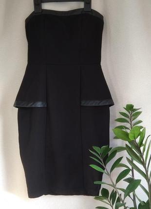 Бандажное платье с кожаными вставками