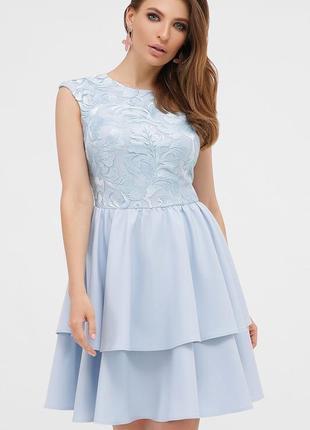 Коктейльное голубое платье