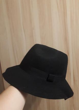 Чёрная шляпа
