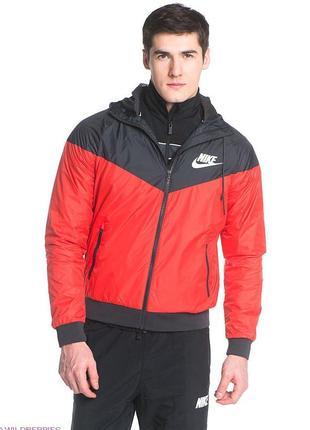 Куртка ветровка nike windrunner с водоотталкивающим покрытием р. 44-46 (s)