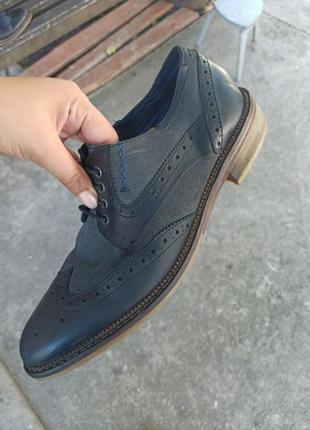 Шкіряні туфлі оксфорди