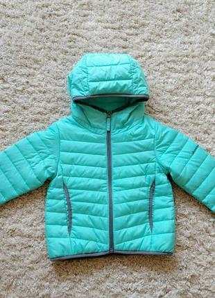 Классная яркая куртка осень-весна 4-5 лет