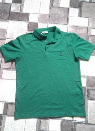 Мужская футболка темно-зеленого цвета