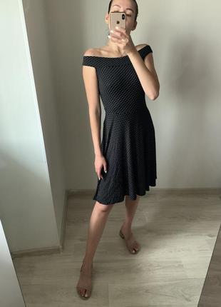 Платье в горошек tu