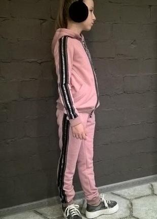 Модный спортивный костюм для девочки розовый3 фото