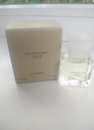 Парфюмированная вода valentino gold