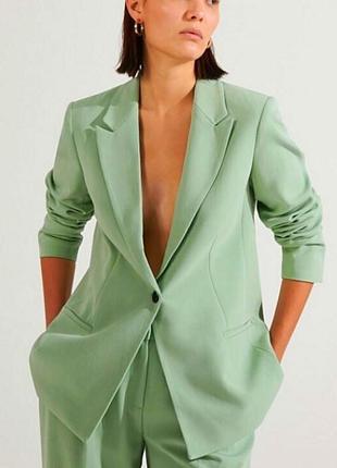 Фісташковий крутий подовжений піджак