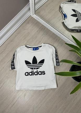Adidas адидас женская кроп футболка кофта майка оригинал белая с лампасами спорт фитнес