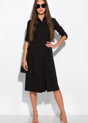 Чёрное платье с классическим воротником