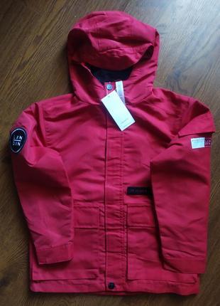 Куртка,ветровка,дождевик reserved