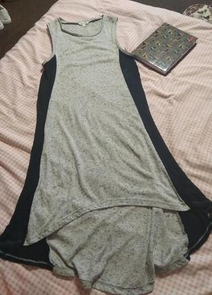 Свободное актуальное платье летнее под кросы- s