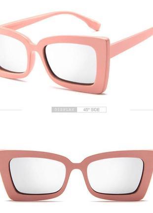Тренд розовые солнцезащитные очки зеркальные ретро большие черные окуляри