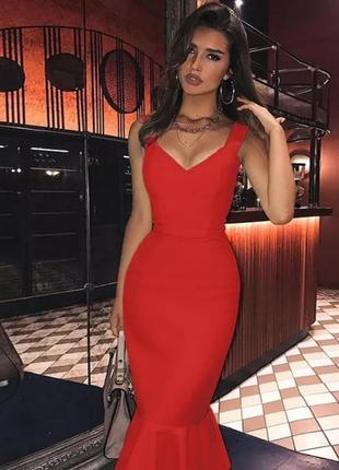 Бандажна сукня плаття