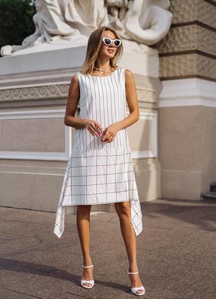 Платье стильное из льна, белое с геометрическим принтом
