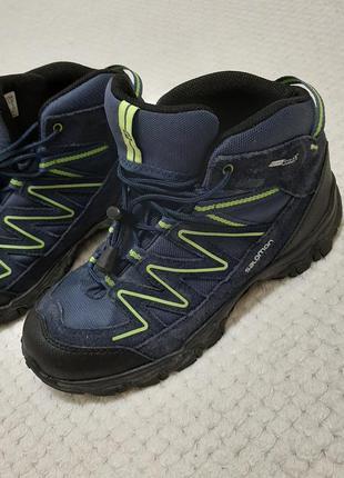 Ботинки salomon для мальчиков р. 35-36 (23 см) деми/зима