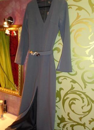 Роскошное длинное платье gizia